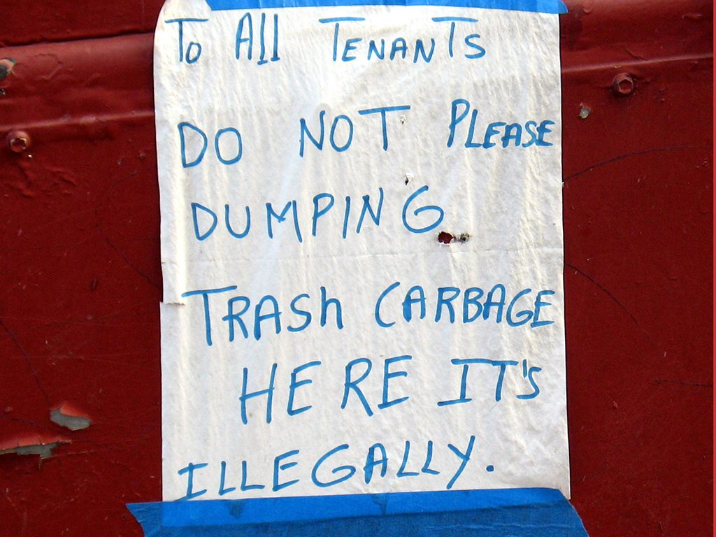 DO NOT PLEASE DUMPING IT'S ILLEGALLY