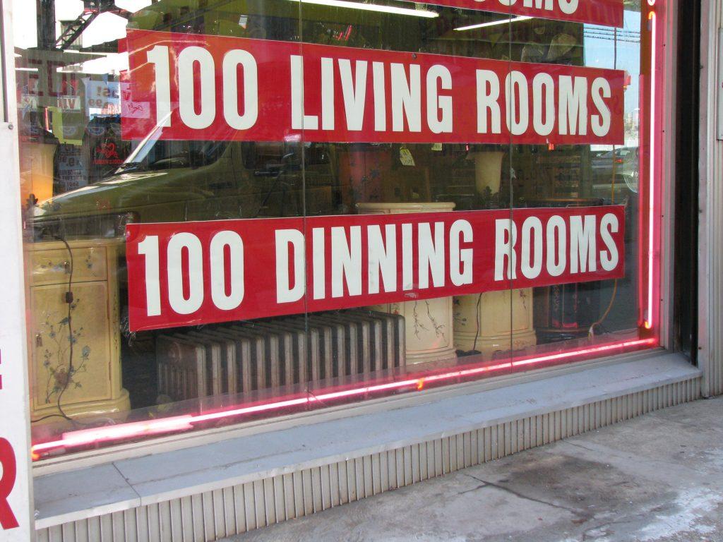 100 DINNING ROOMS