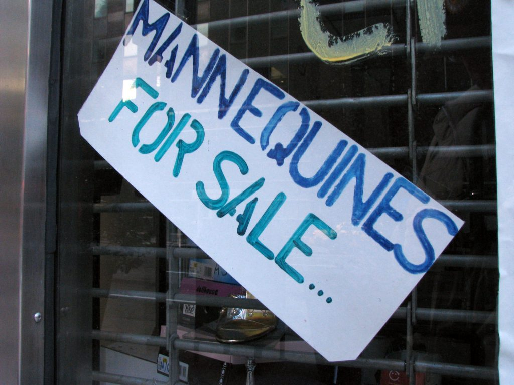 MANNEQUINES FOR SALE...