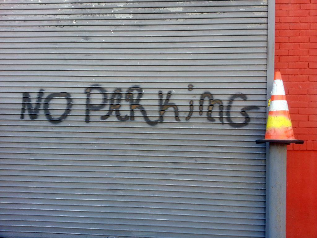 NO PARKIMG